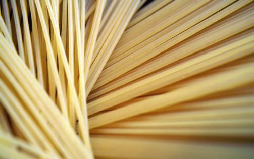 Rezept-Tipp: Spaghetti mit Lachs und Rucola
